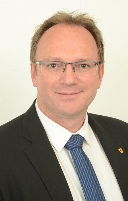 日內瓦州大議會議員托馬斯‧布拉西(Thomas Blasi)先生。(瑞士UDC官網)
