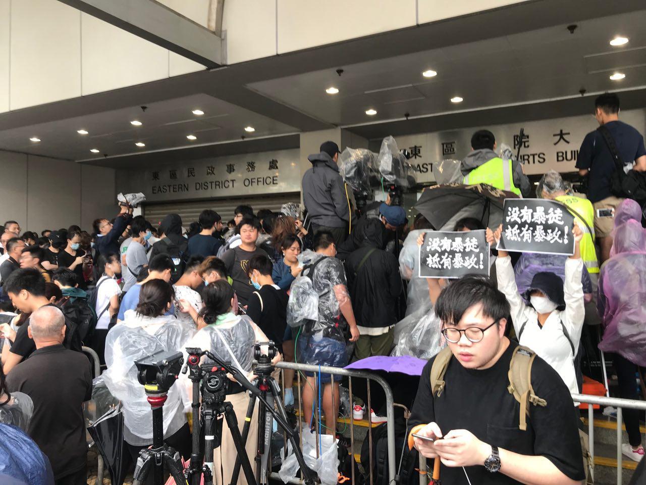王友群:香港會重演「六四」屠殺嗎?