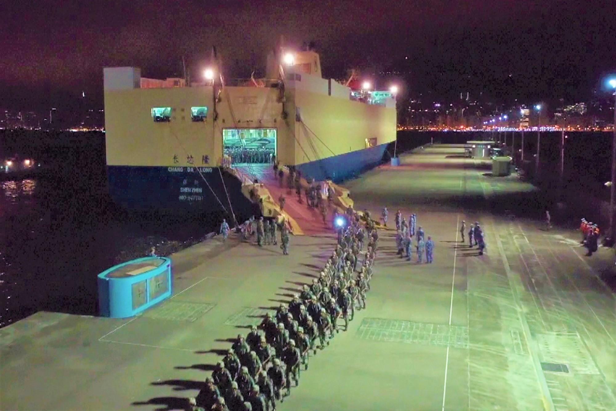 宋征時:8.18中共調兵香港軍情分析