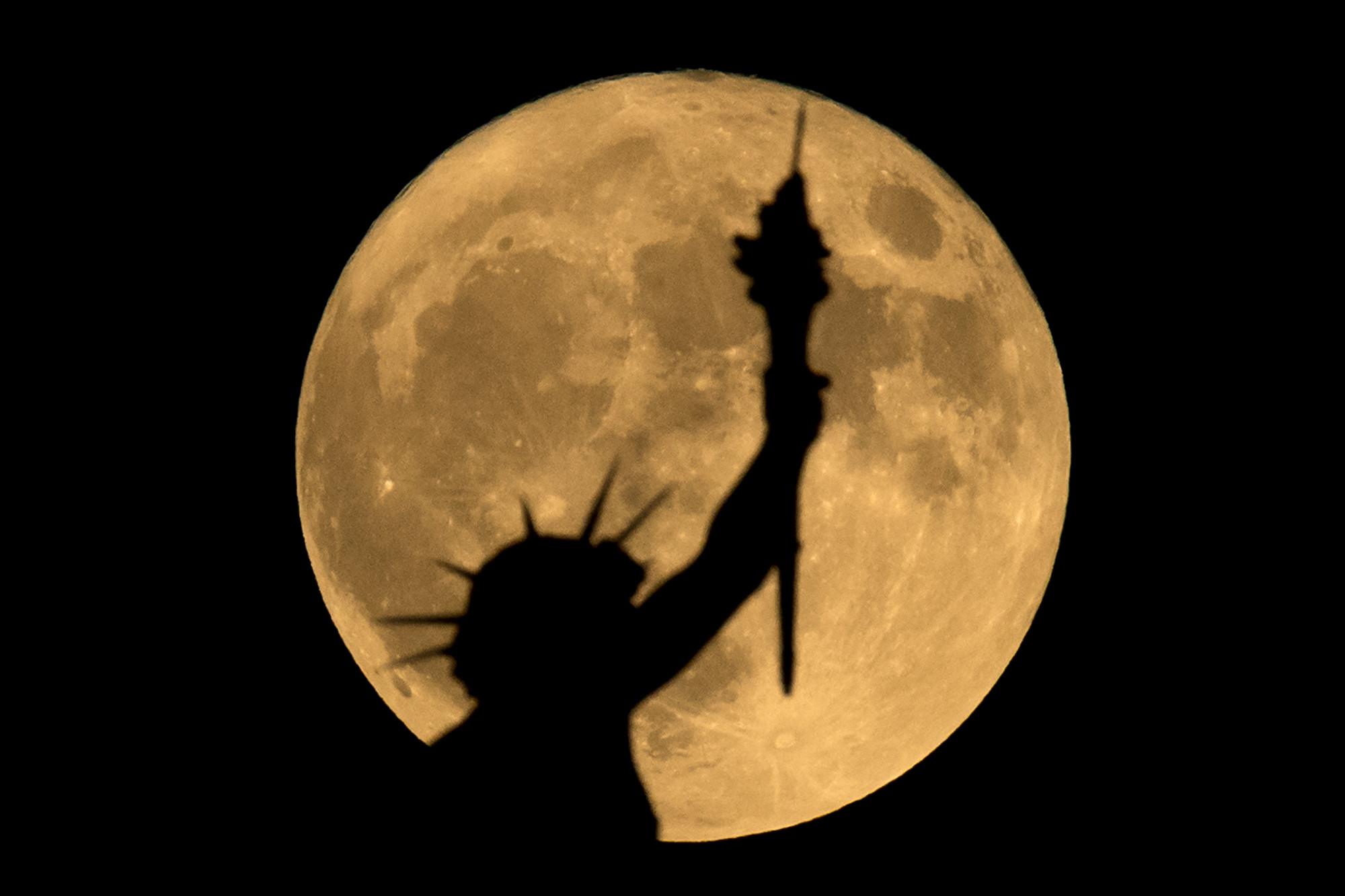 罕見「黑月亮」現天宇 意味著甚麼