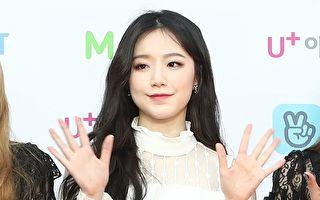 舒華連3日上傳自拍照 公開赴韓首月青澀模樣