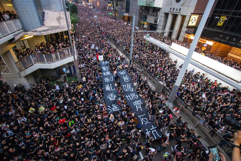 專家:若中共鎮壓香港 宗教自由將首當其衝