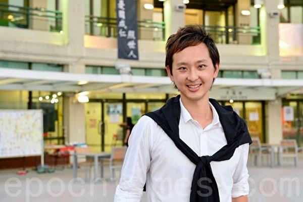 鍾一諾在亂世中唱香港的歌集
