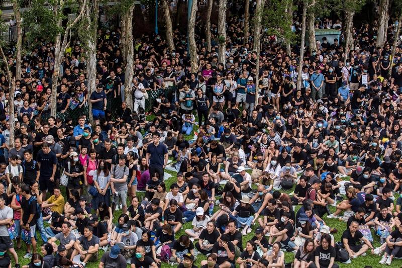 香港富二代走上街頭「我有樓 但更要自由」