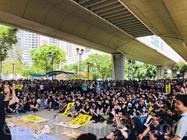 2019年8月5日,香港民間今日發起罷工、罷課、罷市活動。圖為荃灣。(Jacqueline/大紀元)