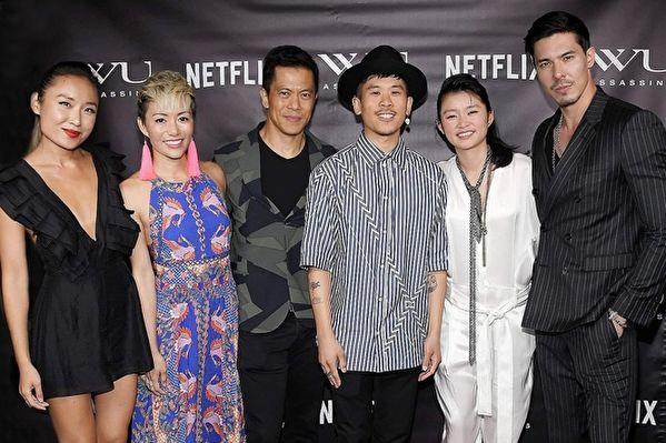 Netflix原创美剧首播 冯德伦参与监制执导