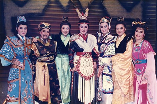 杨丽花回馈戏迷 先推歌仔戏舞台剧公演加映版