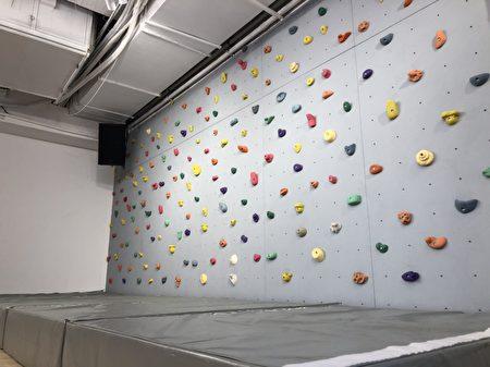 室内攀岩很安全
