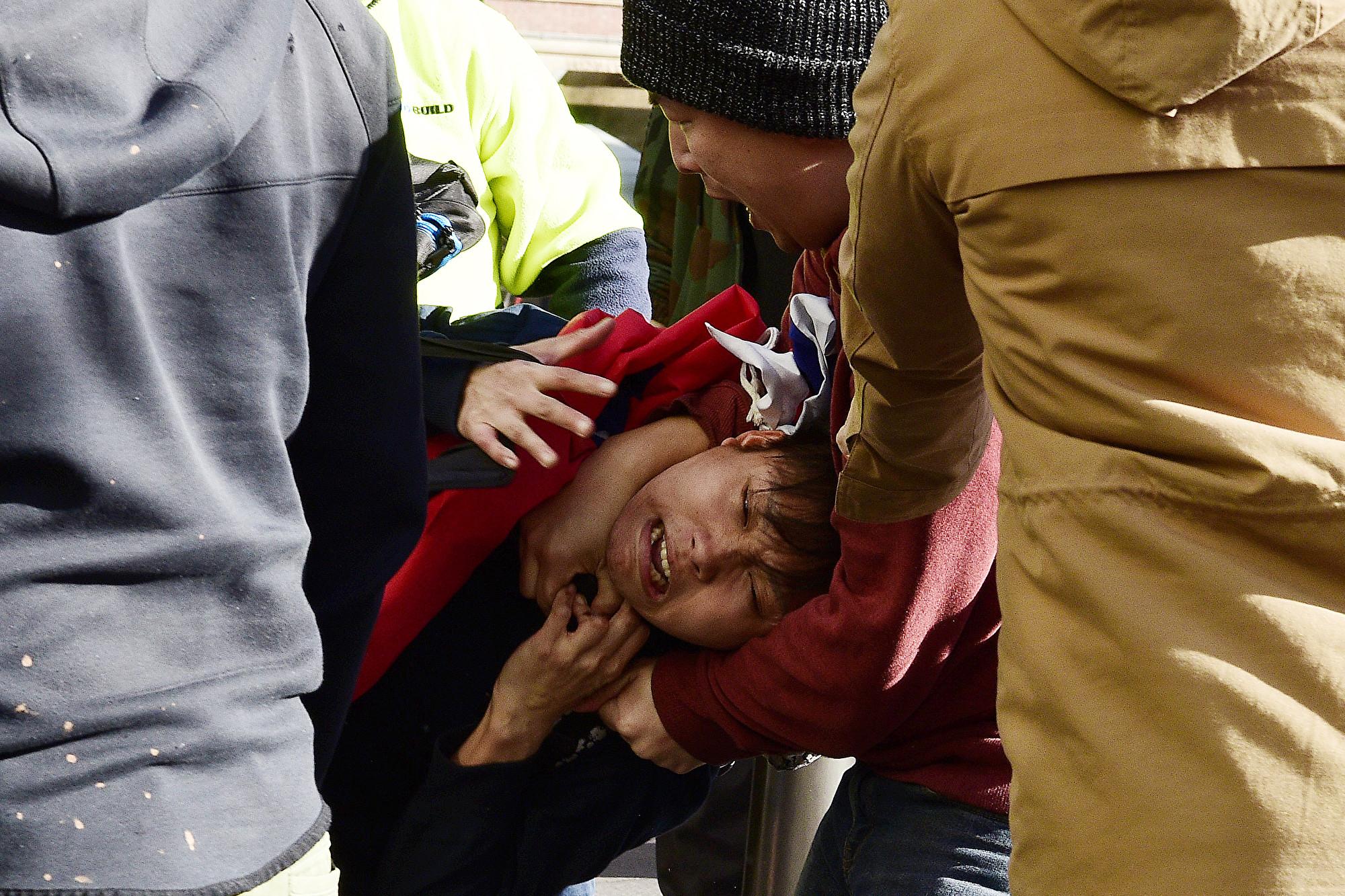 2019年8月17日,在親中集會上遭遇暴力襲擊的台灣人蔡佳宏。(AAP)