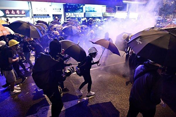 大陸民眾感佩港人爭民主自由運動 祈福香港