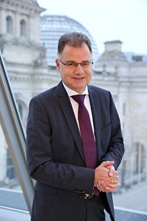 德國選擇黨AfD國會議員布朗(Juergen Braun)。 (布朗個人網站)