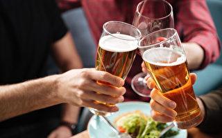 酗酒有害 安省各大學開學前提醒學生