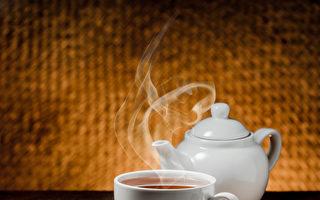 以紫砂壶泡茶,只要充分掌握茶性与水温,比起其他材质茶壶,其茶味愈发醇郁芳香 。(Fotolia)
