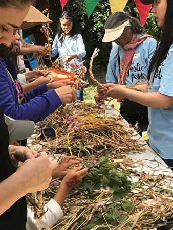 图:列治文大蒜节是享受美食、家庭聚会的好去处。(邱晨/大纪元)