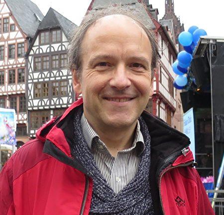 「為了受威脅的民族協會」主席烏爾里希‧德琉斯(Ulrich Delius)。圖為資料照。(黃芩/大紀元)
