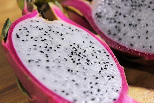 吃火龙果可能引起低血压和晕眩。(Pixabay)