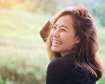 笑具有止痛、降血壓、保護心臟、燃燒熱量、提升免疫力等諸多健康功效。(Shutterstock)