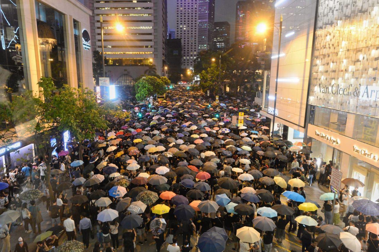 【8.2反送中】港四萬公務員集會 逼爆遮打花園