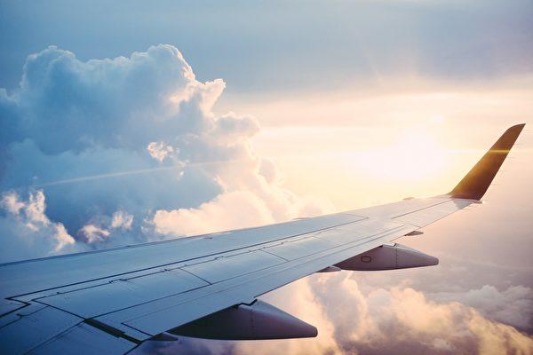 為了遏制病毒傳播,一些航空公司取消航班,也有公司限制商務旅行或一些組織取消預定會議和活動,導致出行人數大大減少。示意圖。(Pixabay)