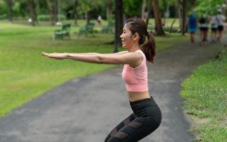 需要瘦身的上班族,可以每天做五分钟的肌力训练。(Shutterstock)