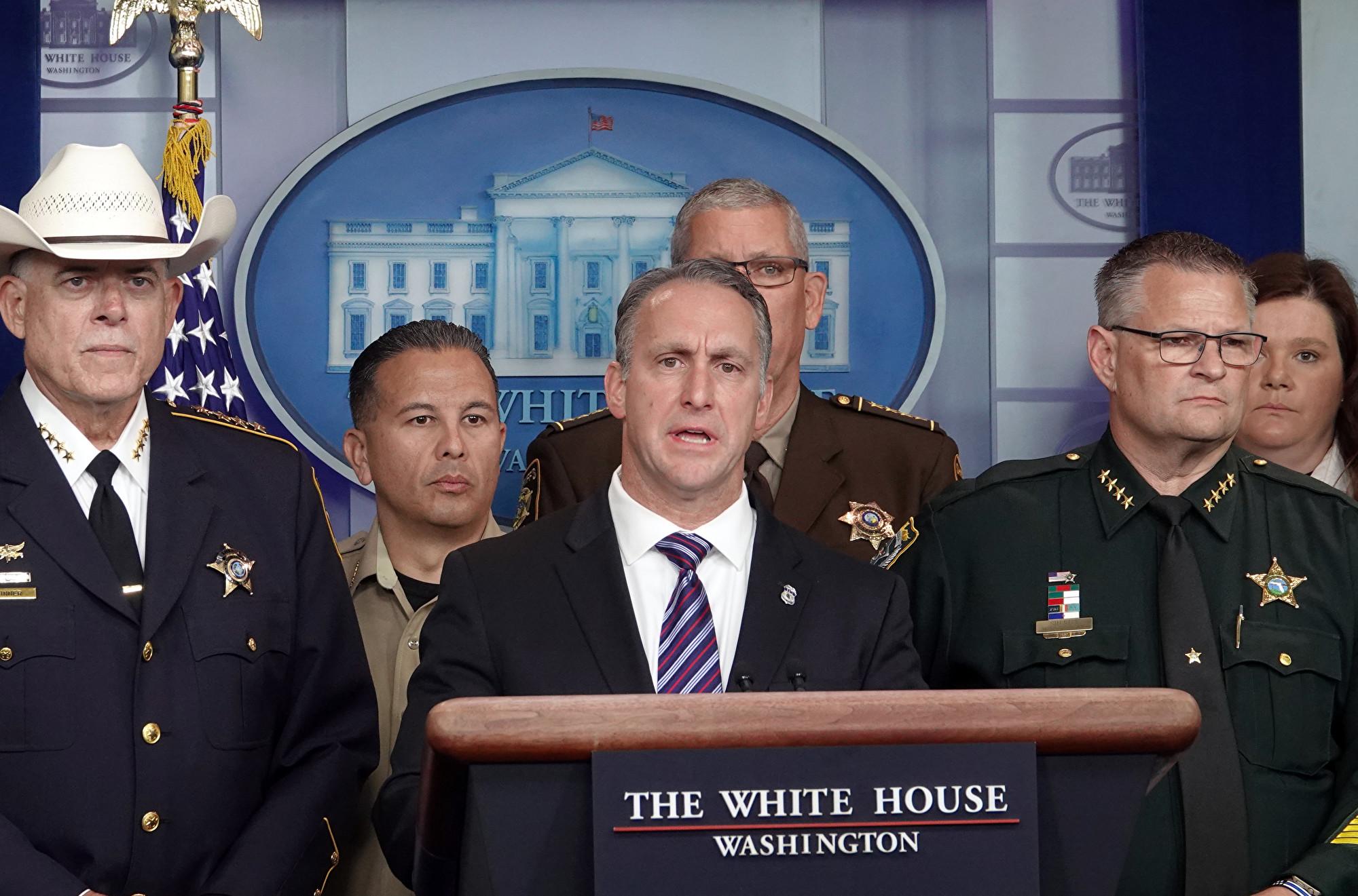 美移民局去年驅逐14.5萬犯罪的外國人