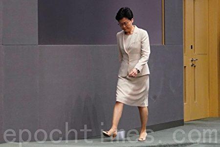 根據外媒,香港特區行政長官林鄭月娥過去數周曾在不同場合提出請辭,但都被北京方面拒絕。(李逸/大紀元)
