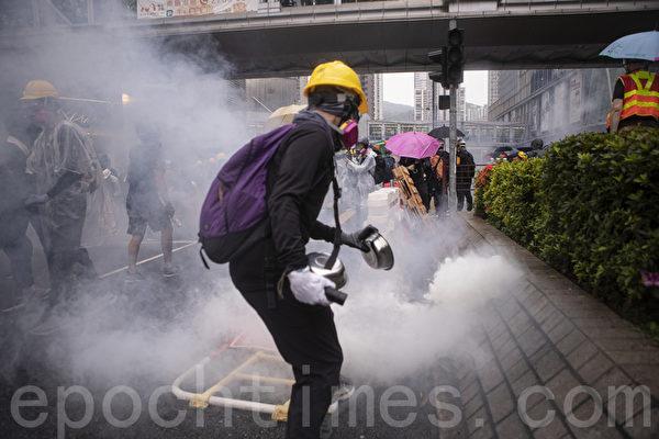 香港两派议员低调赴美 讨论人权和民主法案
