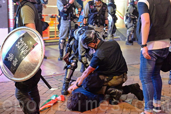 港警3天拘捕157人 记协谴责警察滥权失控
