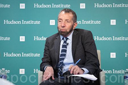 哈德遜研究所美國海權中心主任克羅普西(Seth Cropsey)。(林樂予/大紀元)