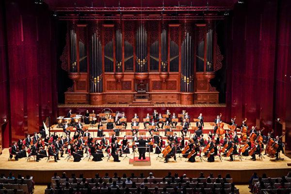 2019年9月23日晚間,神韻交響樂團在國家音樂廳的演出。(白川/大紀元)