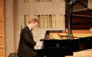 钢琴大赛复赛选手:参赛带来全新的体验