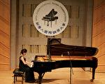 華裔選手參賽國際鋼琴大賽備感自豪