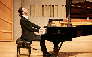 荣获银奖 意大利选手:复兴古典乐很重要