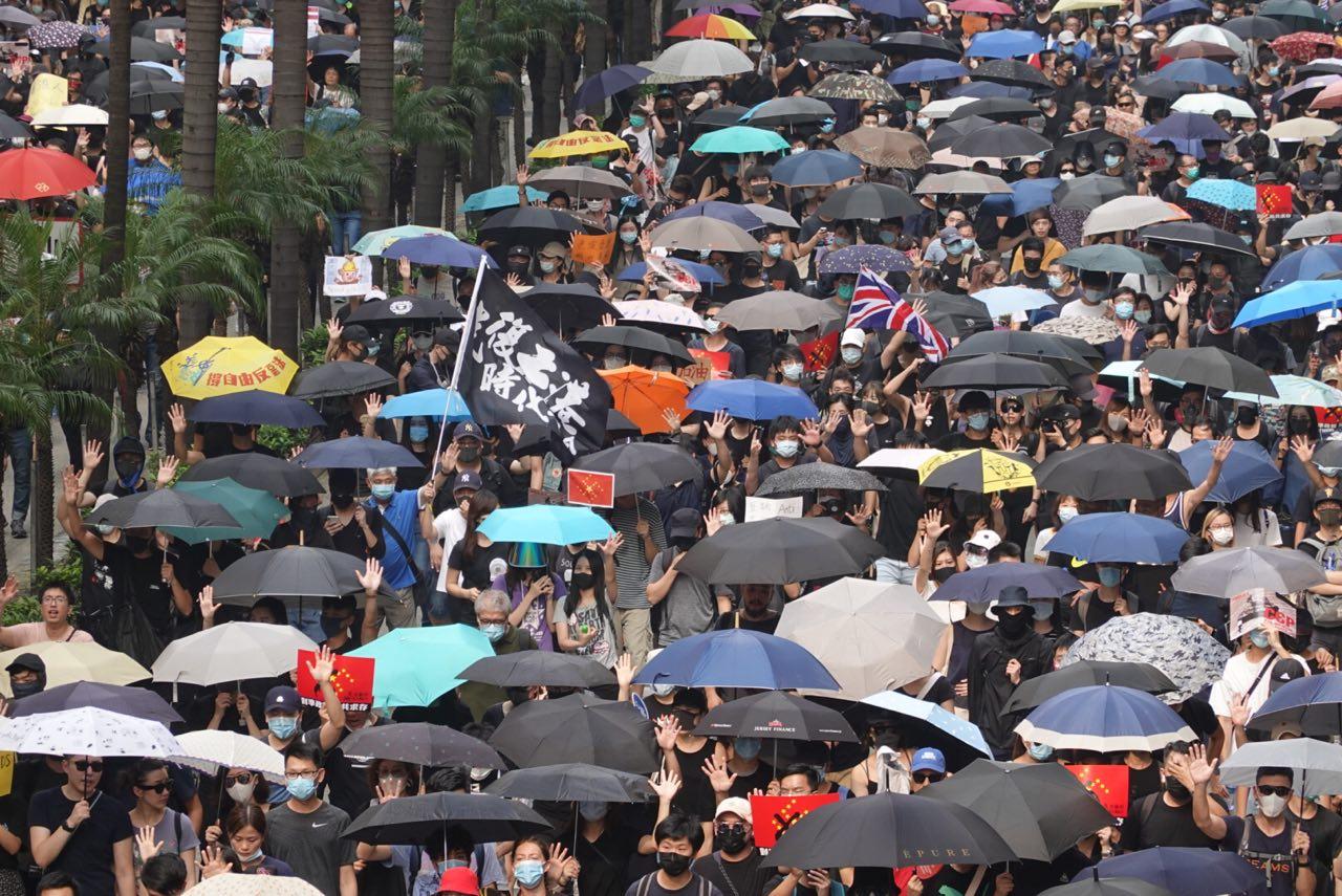 【9.29反極權】港人銅鑼灣行街 響應全球抗共大遊行