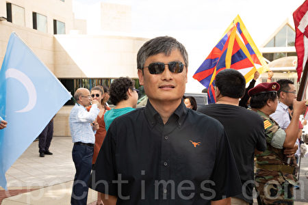 人權律師陳光誠表示,只有終結共產主義,人類的道德、文明和自由才能得以重建。(林樂予/大紀元)