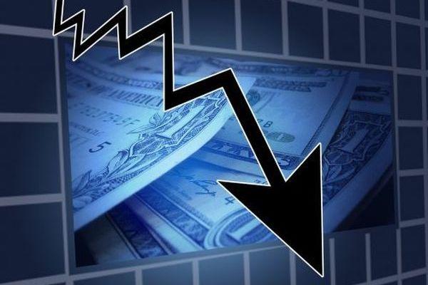中國華融債務危機 恐引台灣30檔基金爆雷