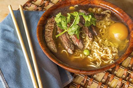 东京拉面秀是老饕们必去的美食展,旅客可品尝不同的风味,满足味蕾的享受。
