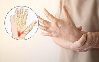 手麻是腕隧道症候群的典型症状,特别是前四根手指麻木。(Shutterstock/必赢电子游戏网址制图)