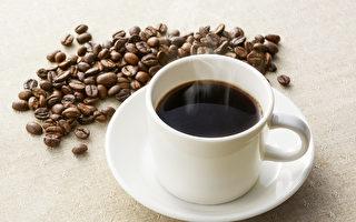 沒錢買牛奶 印尼夫婦每日餵女嬰1.5公升咖啡