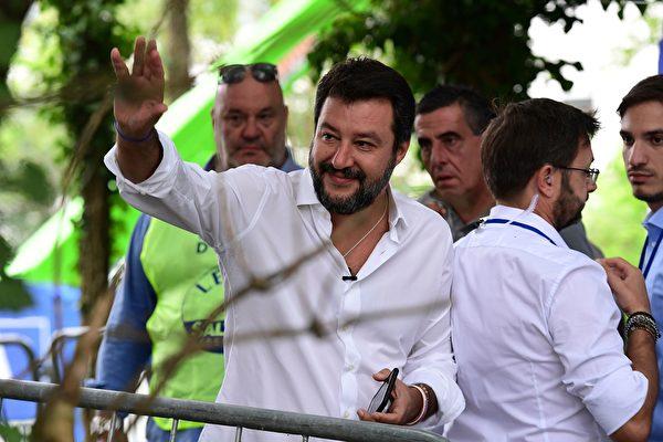 內政部長馬泰奧.薩爾維尼(Matteo Salvini)及其領導的北方聯盟黨,日前刻意缺席意大利參與中共「一帶一路」的簽字儀式。(MIGUEL MEDINA/AFP/Getty Images)