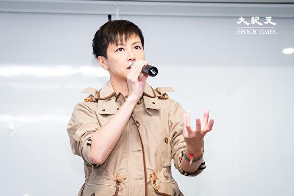 香港歌手何韻詩12日來台聲援「929台港大遊行:撐港.反極權」行動,她表示,港府背後的中共政府一直打壓,香港人已經無路可退。(陳柏州/大紀元)