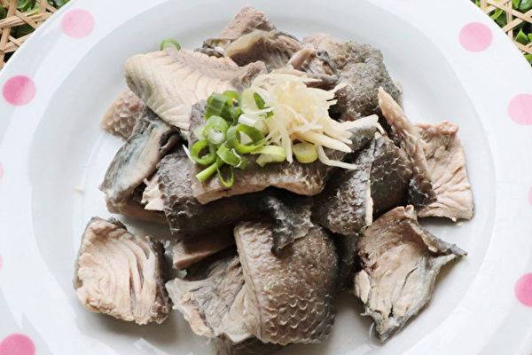 虱目魚吃法三:虱目魚皮拌蒜蓉。 (農委會漁業署提供)