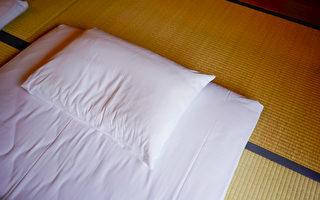 睡软床和硬床 哪一个更能消除疲劳?