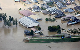 日本遭强台风袭击 28死177伤 列车泡水