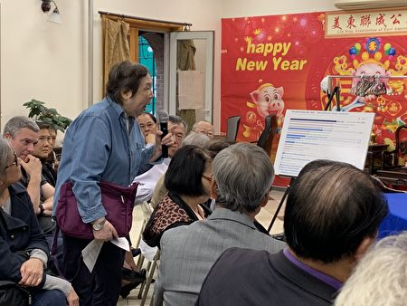 在社区居住了几十年的居民谭美秀说,当地老人的健康无法再忍受十年监狱重建带来的空气污染和噪音。