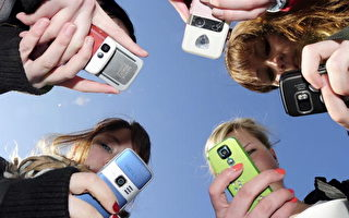 最新民調顯示   美國青少年觀看視頻的時間4年內漲了一倍