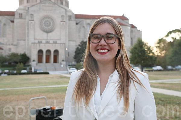 美國天主教大學學生民主黨主席Marie Erickson。(林樂予/大紀元)