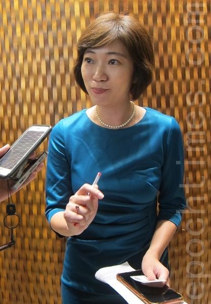 獨立記者、財經評論員姚惠珍。(鍾元/大紀元)