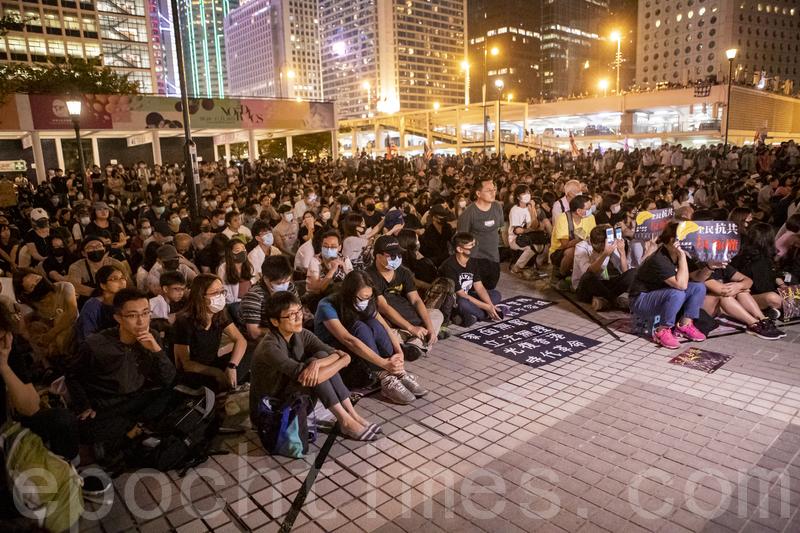 新版黃雀行動 秘密援助二百港人往台灣避難