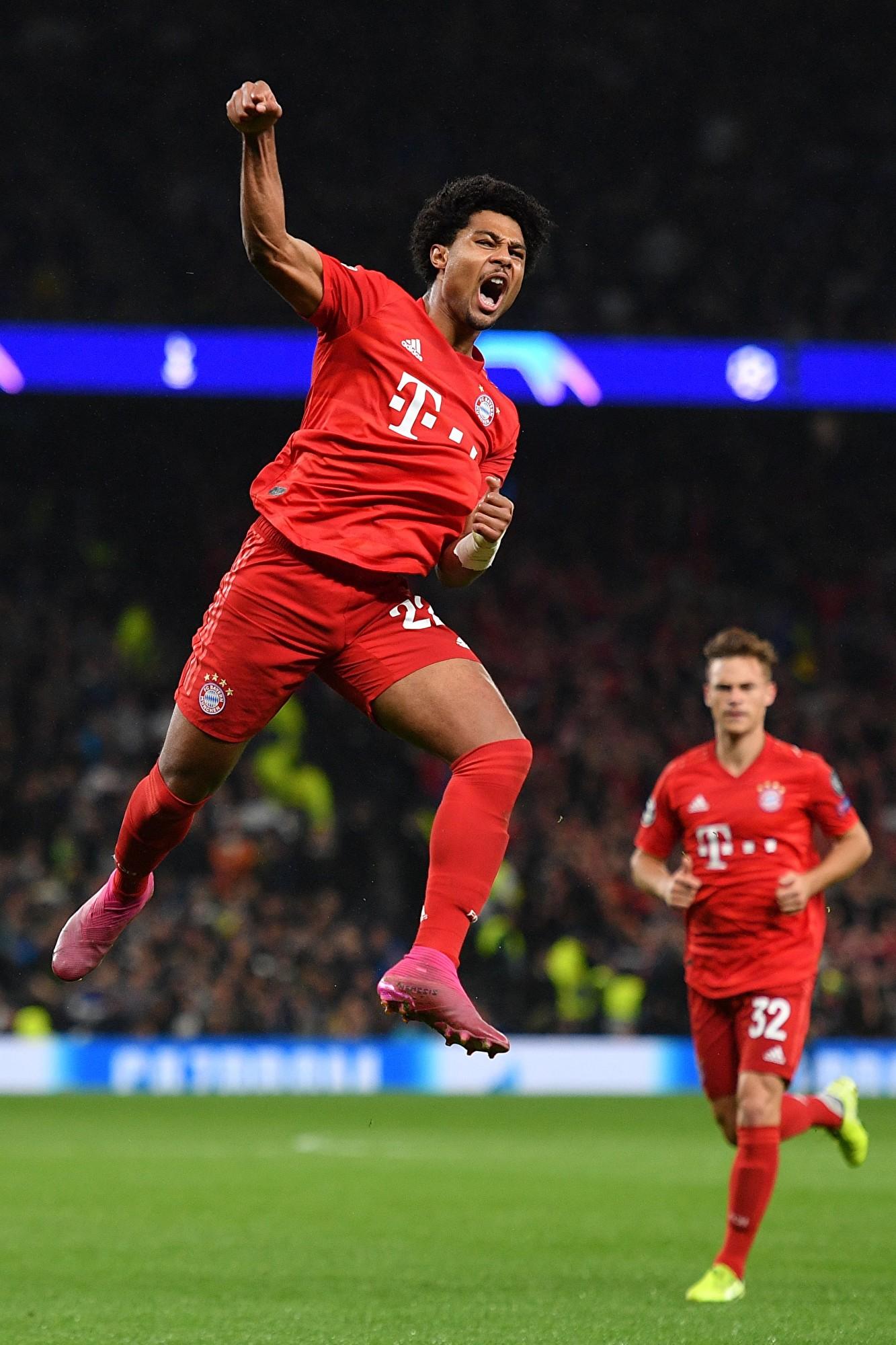 歐冠小組賽第二輪,拜仁在客場7:2擊敗了熱刺